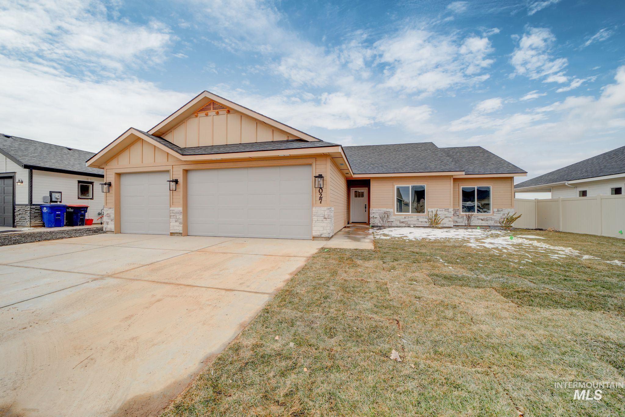 937 Kenbrook Loop Property Photo 1