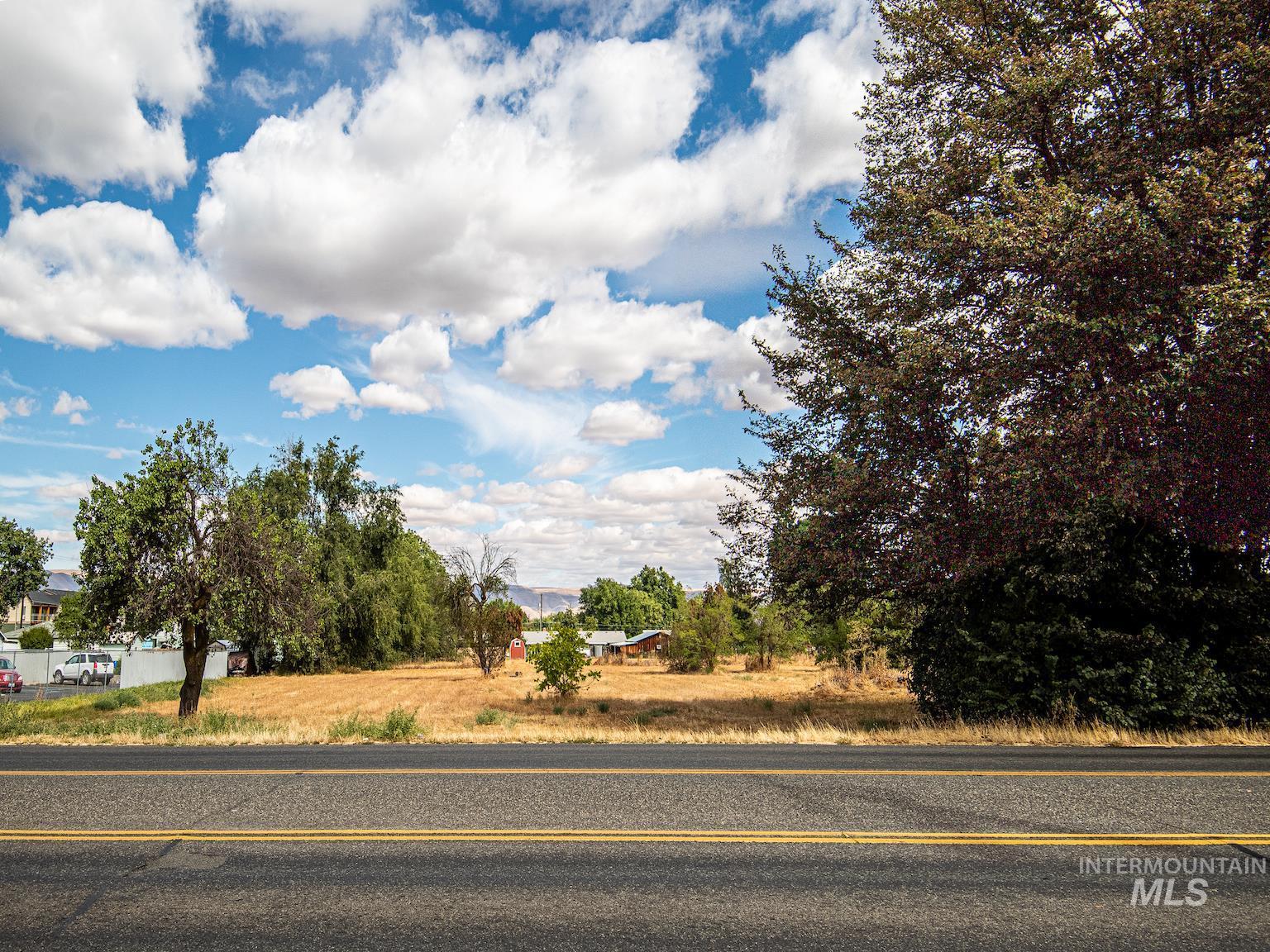 707 Bryden Ave. Property Photo