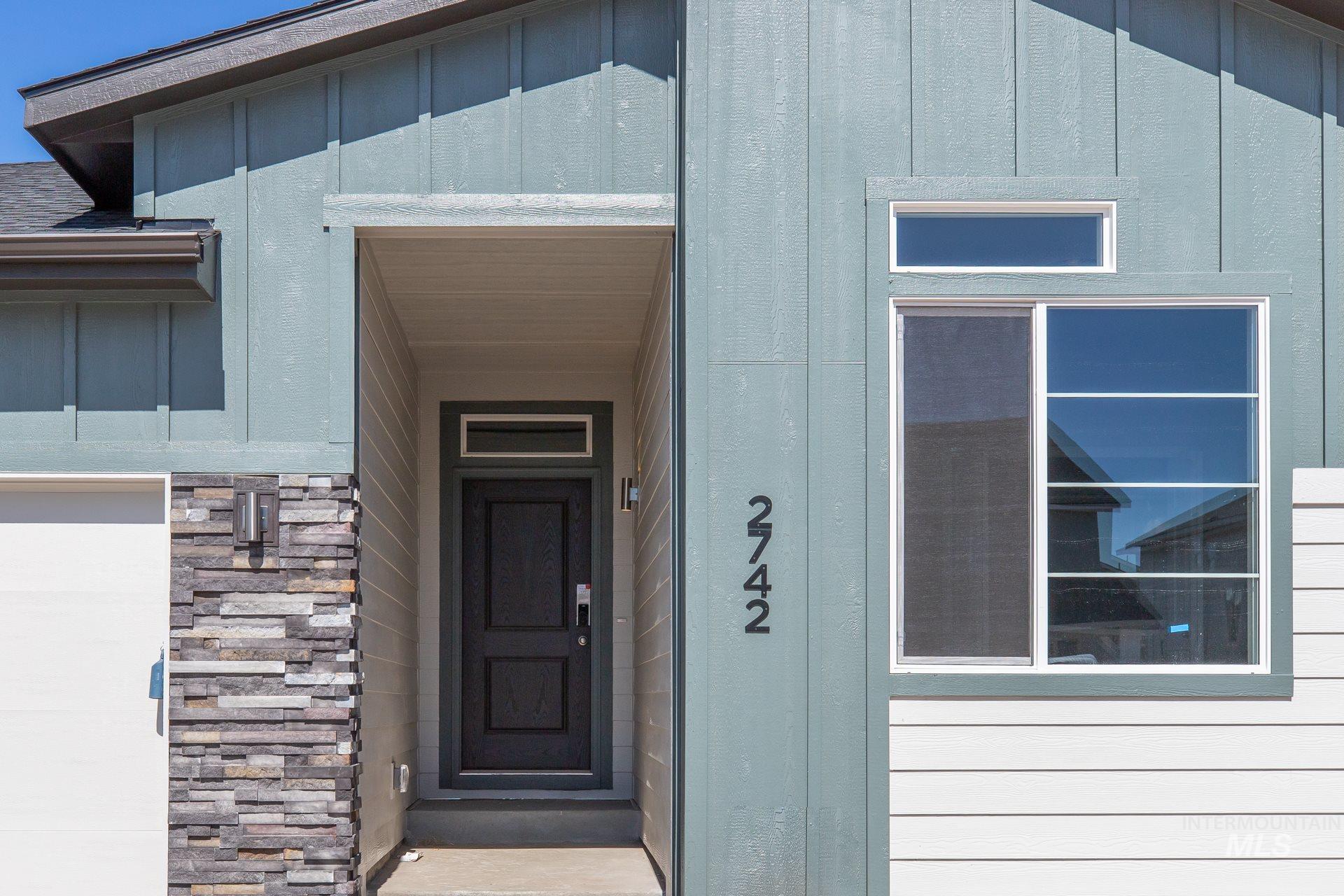 2742 W Balboa Dr Property Photo - Kuna, ID real estate listing