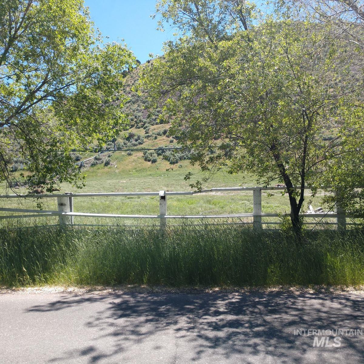Lot 2&1=1 S Grant Avenue Property Photo