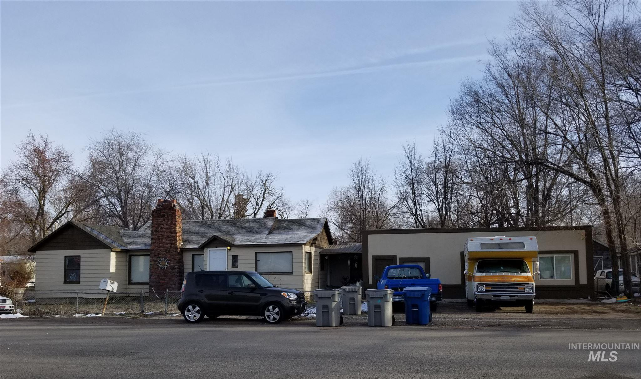 4140/4138 W State Street Property Photo 1