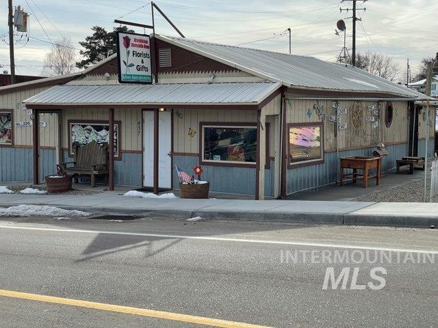 437 Main Street Property Photo - Marsing, ID real estate listing