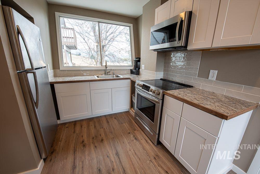 9600 W Brookside Property Photo 26