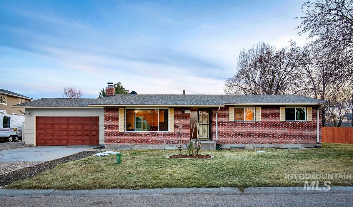 9575 W La Hontan Property Photo - Boise, ID real estate listing