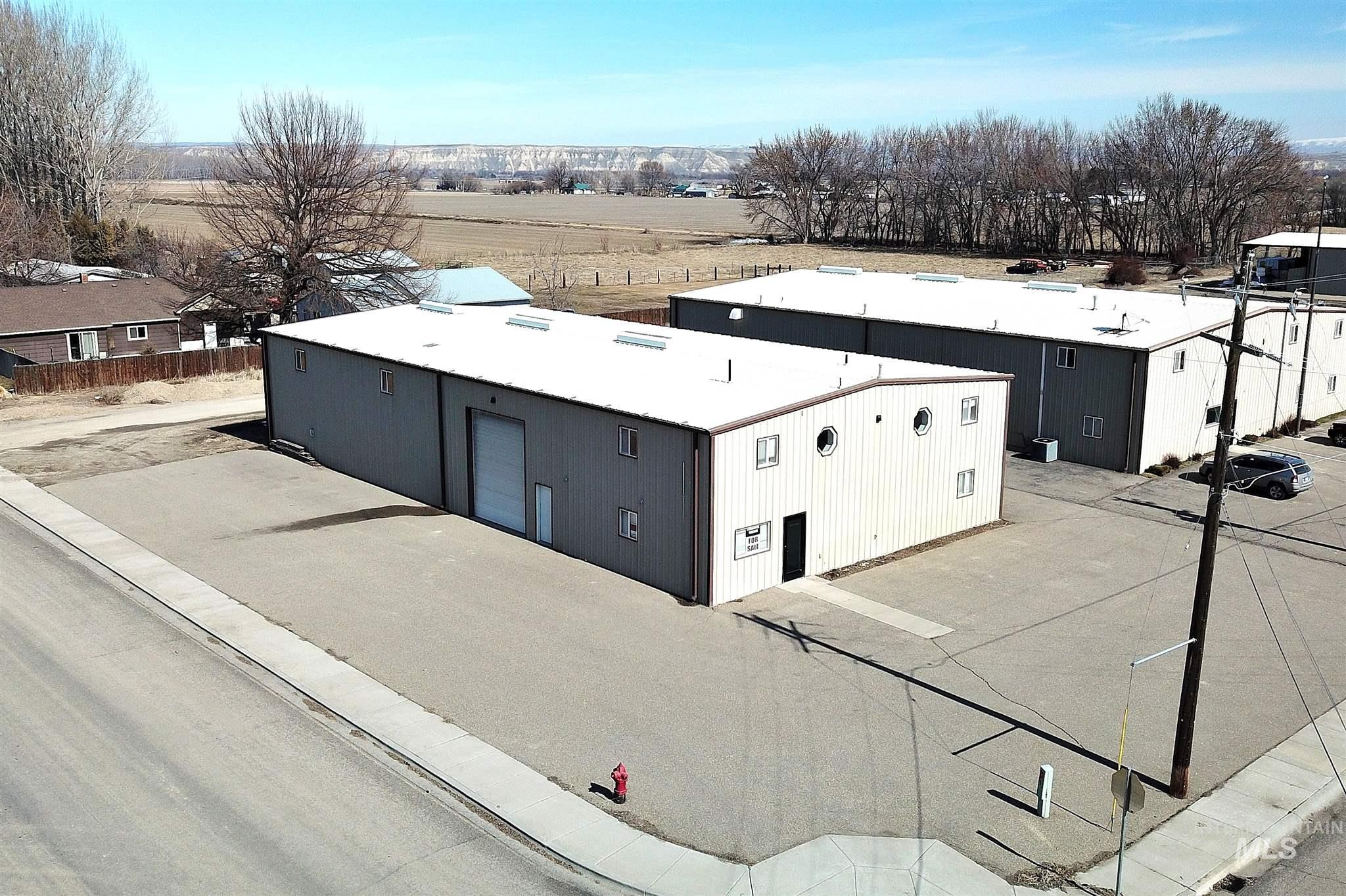 428 Industrial Way Property Photo