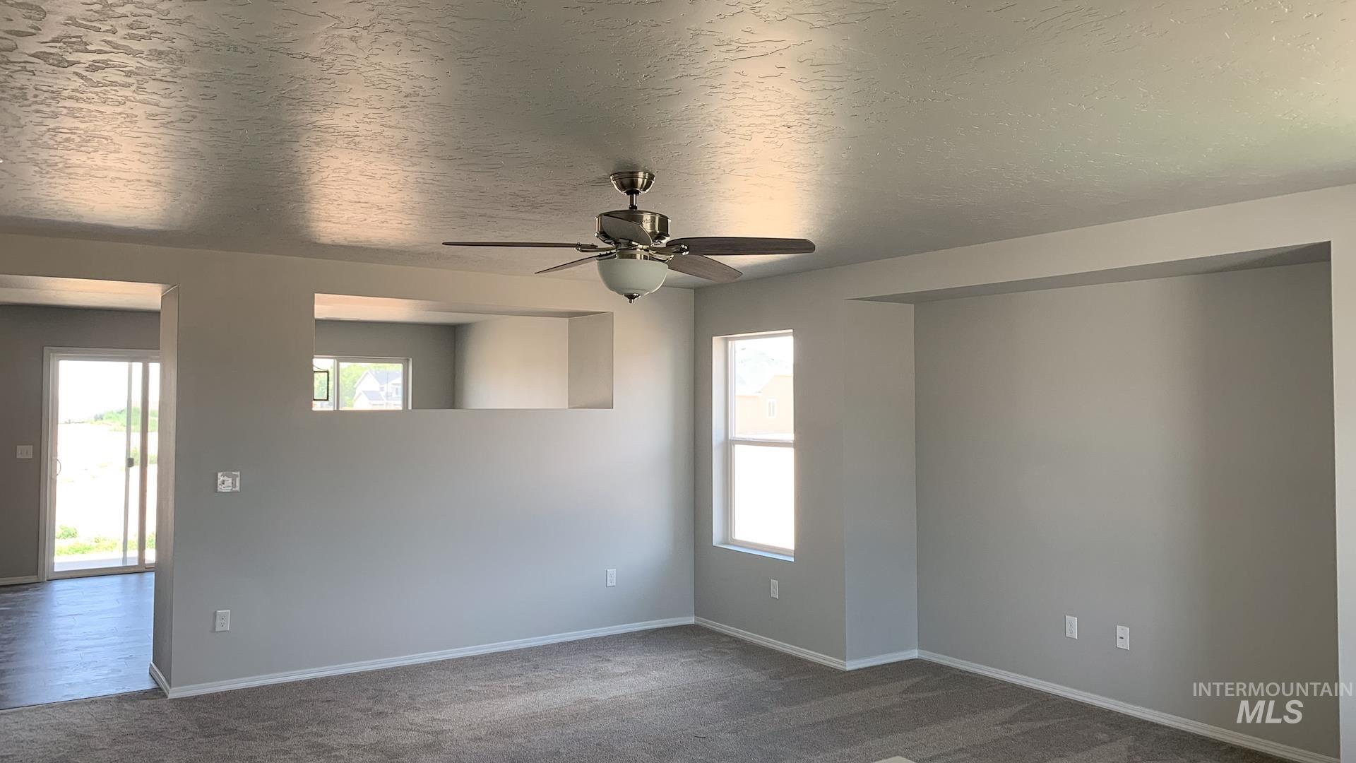 868 W Buttonbush Ct Property Photo 4