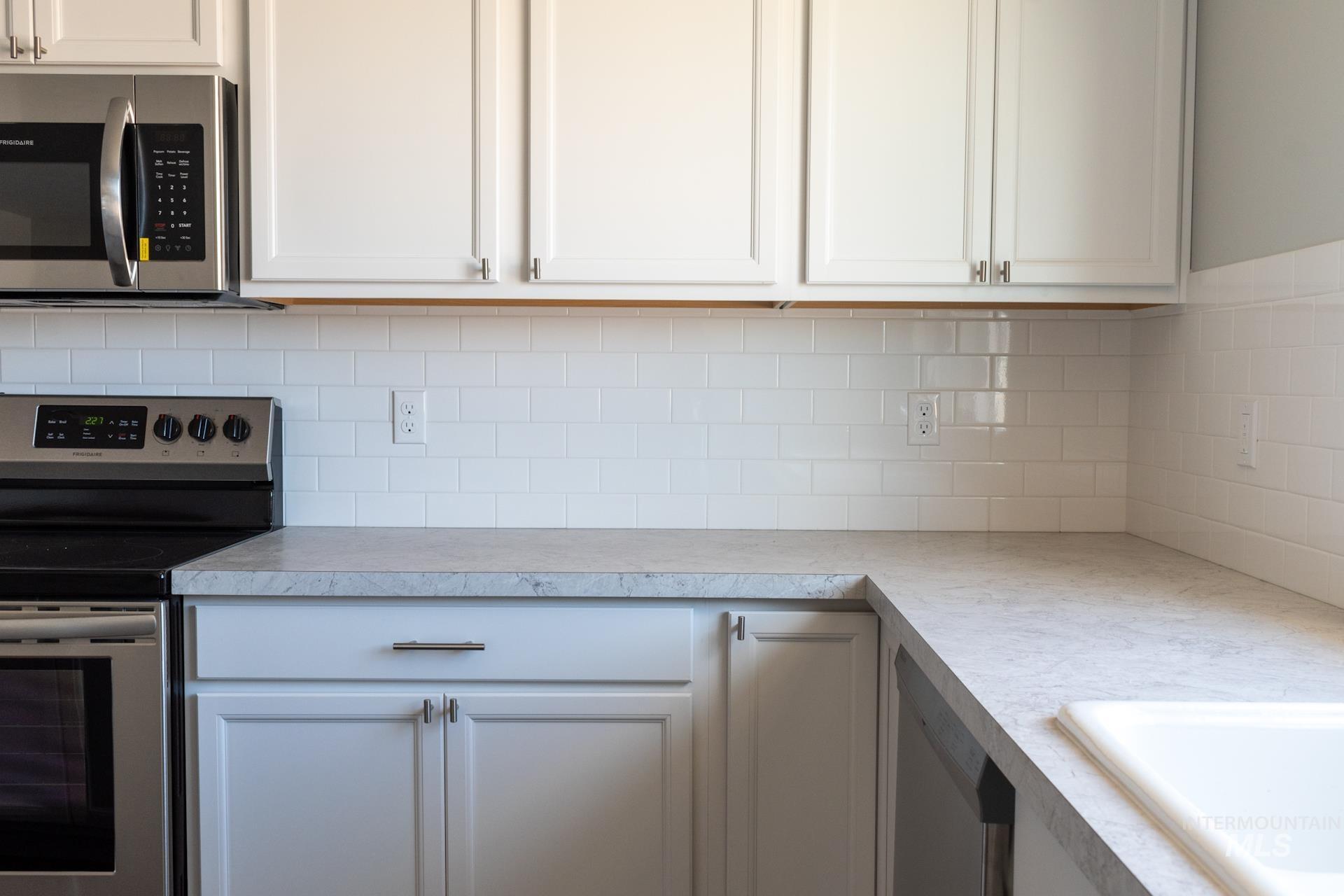 868 W Buttonbush Ct Property Photo 12