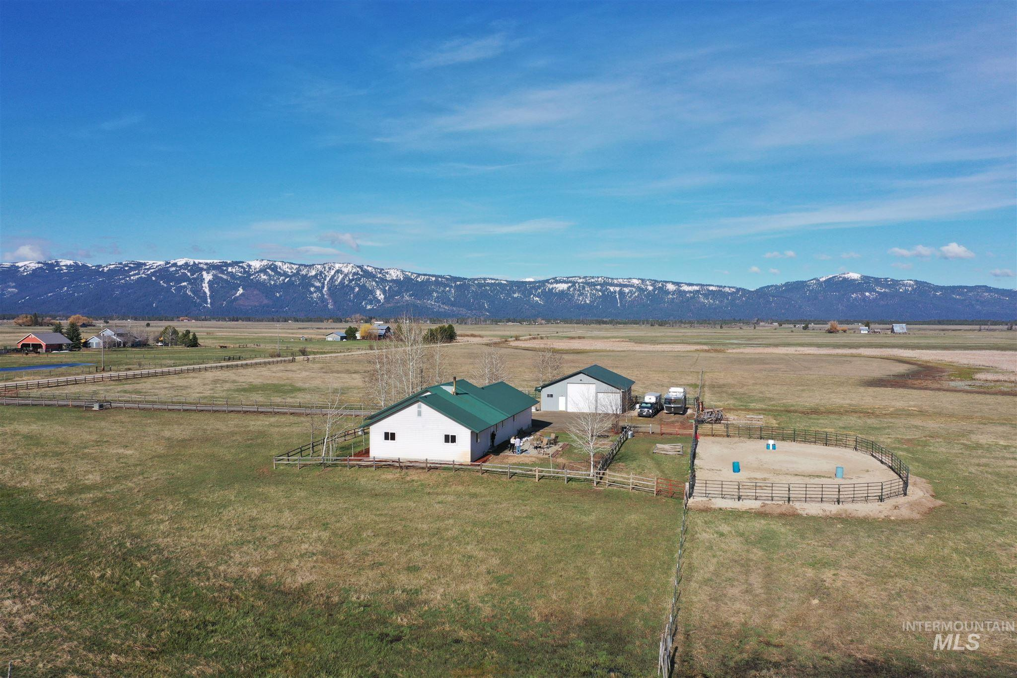 206 Titus Ln Property Photo - McCall, ID real estate listing
