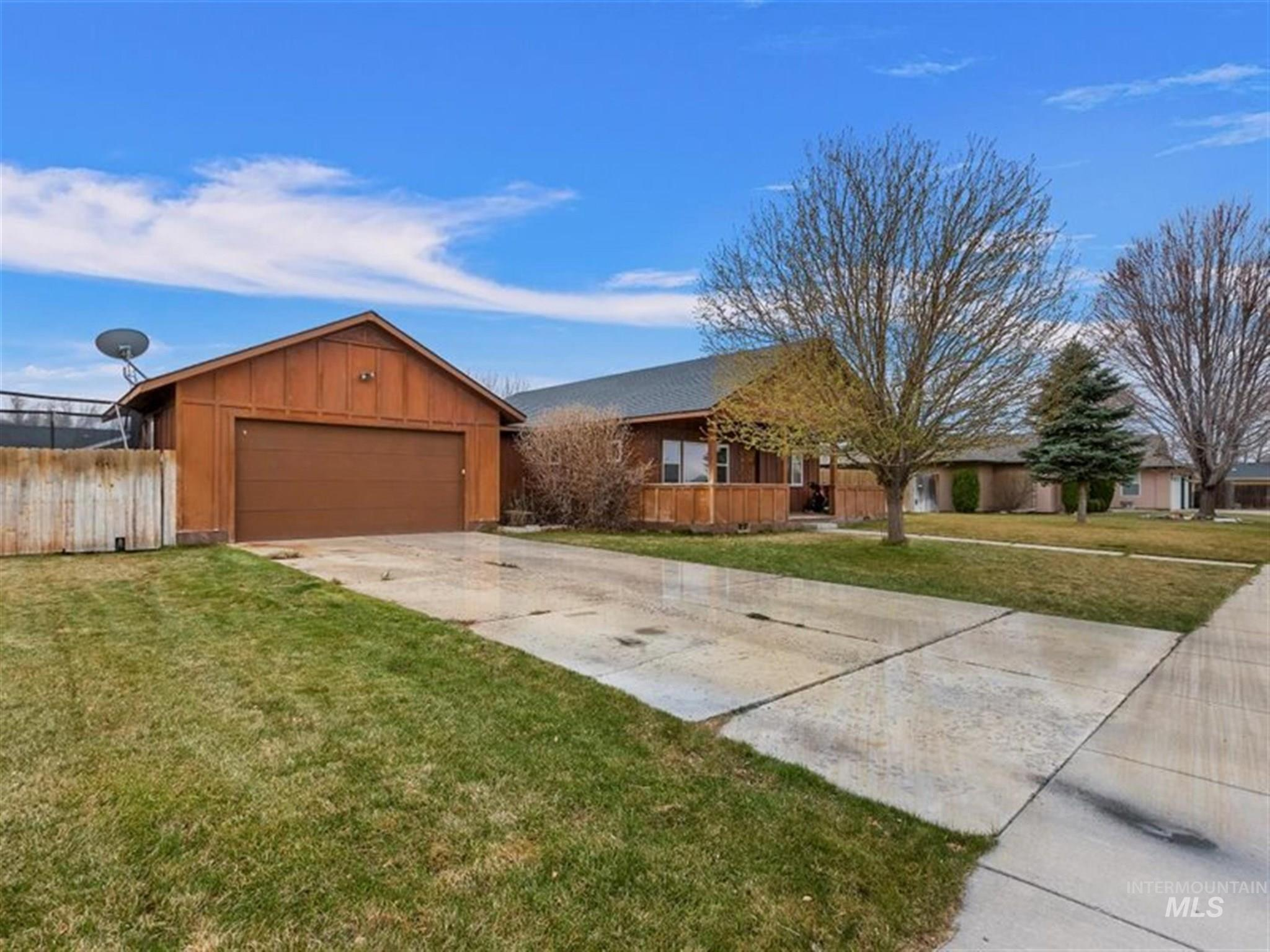 103 Sunset Dr Property Photo - Shoshone, ID real estate listing