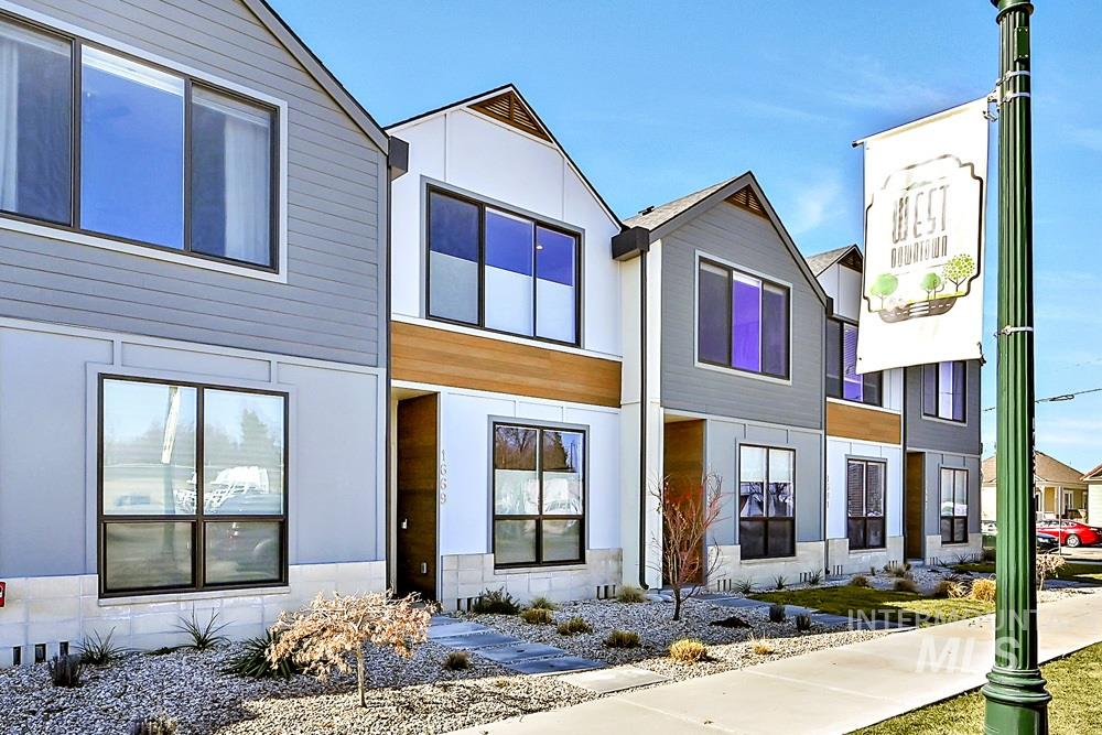 Idaho Street Townhomes Real Estate Listings Main Image