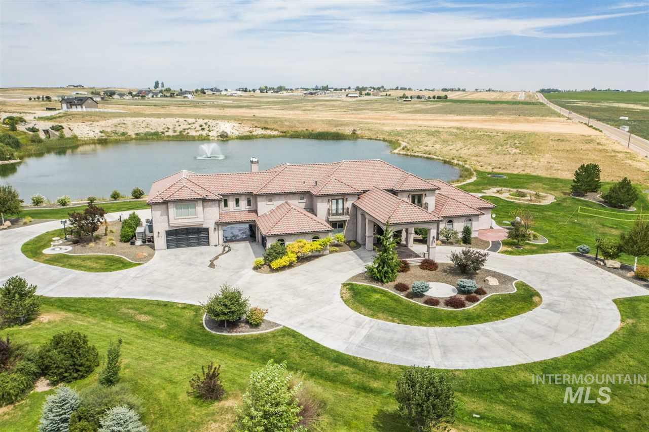 9064 Crystal Quartz Drive Property Photo - Nampa, ID real estate listing