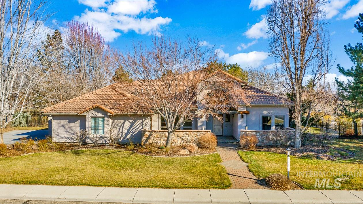 11026 W Treeline Dr Property Photo - Boise, ID real estate listing
