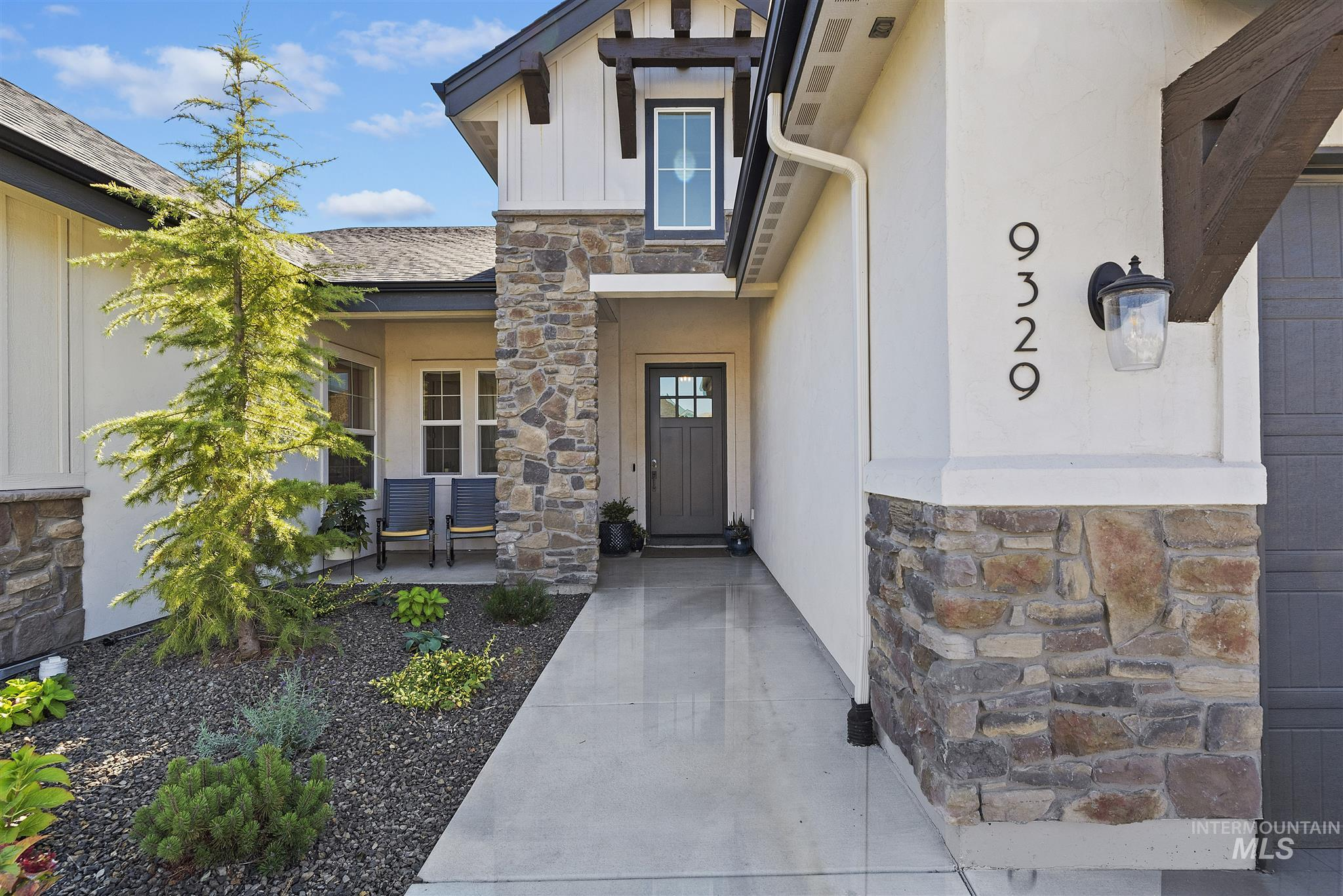9329 W Suttle Lake Drive Property Photo - Boise, ID real estate listing