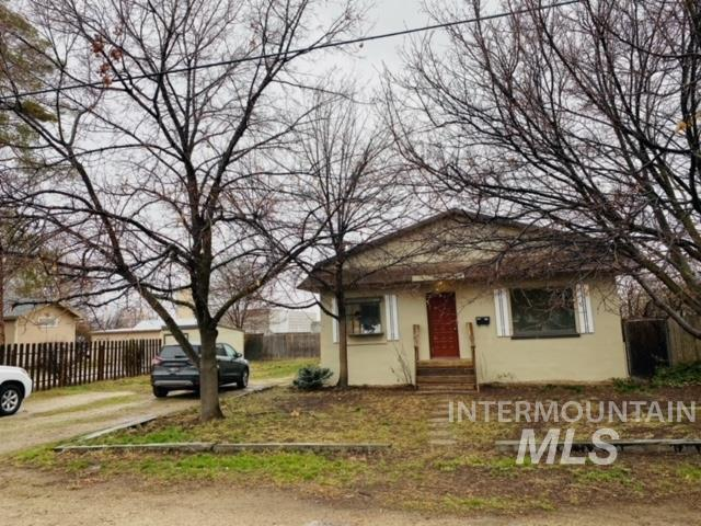 647 W Broadway Avenue Property Photo - Meridian, ID real estate listing
