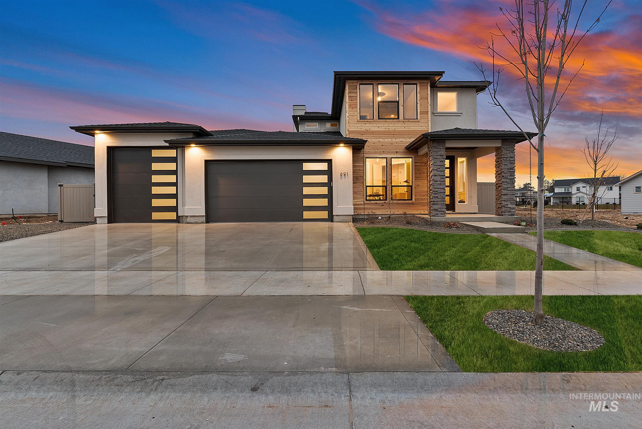 Shelburne Real Estate Listings Main Image