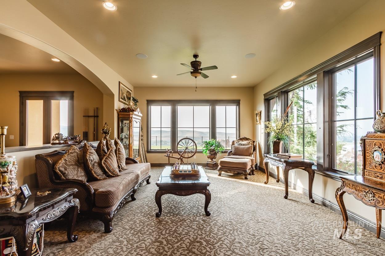 5392 N Mount Shadow Lane Property Photo 7