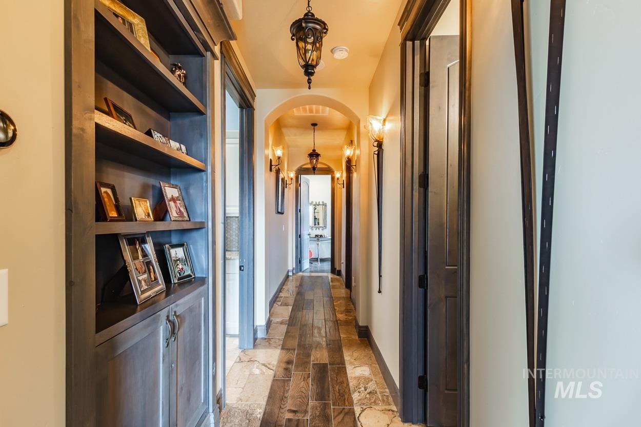 5392 N Mount Shadow Lane Property Photo 36