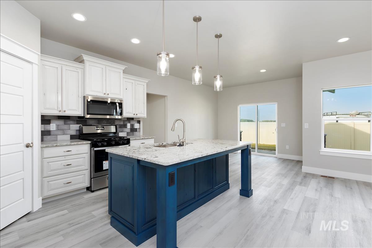 941 Kenbrook Loop Property Photo 8