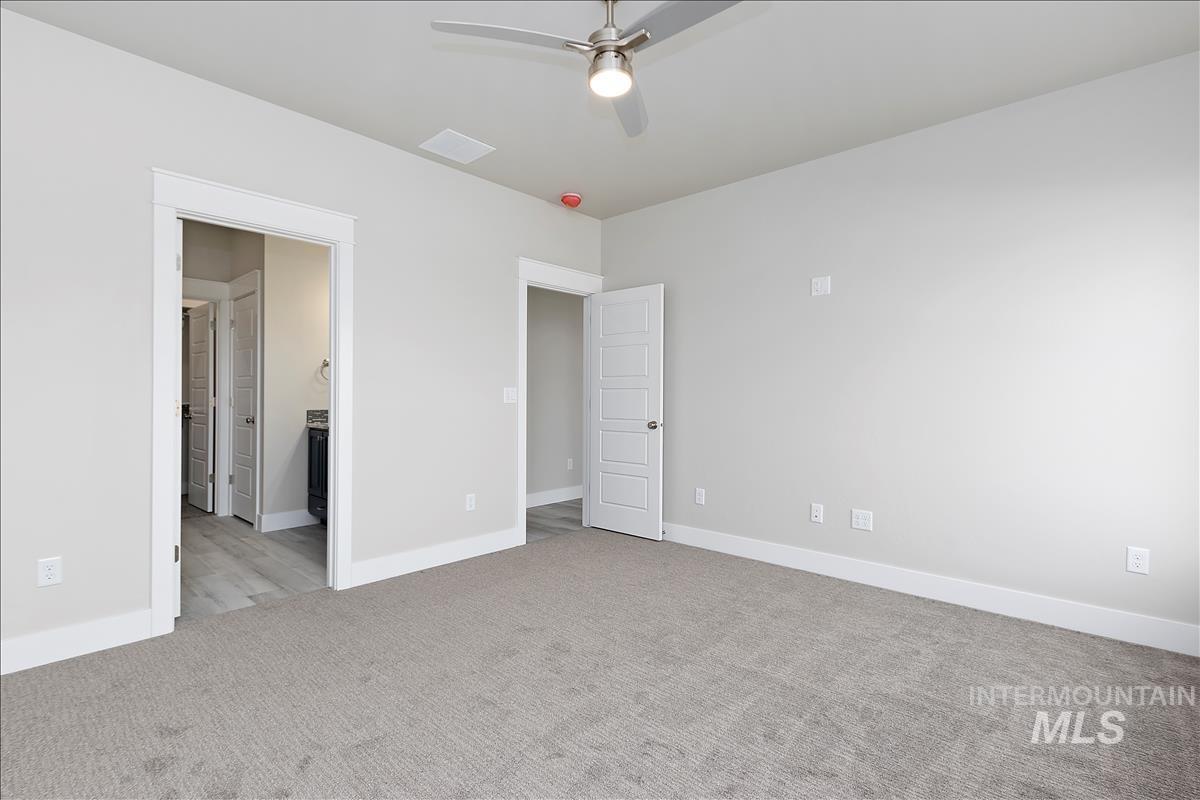 941 Kenbrook Loop Property Photo 15