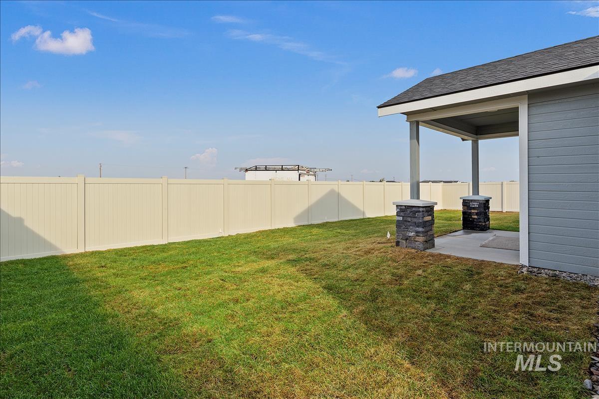 941 Kenbrook Loop Property Photo 24