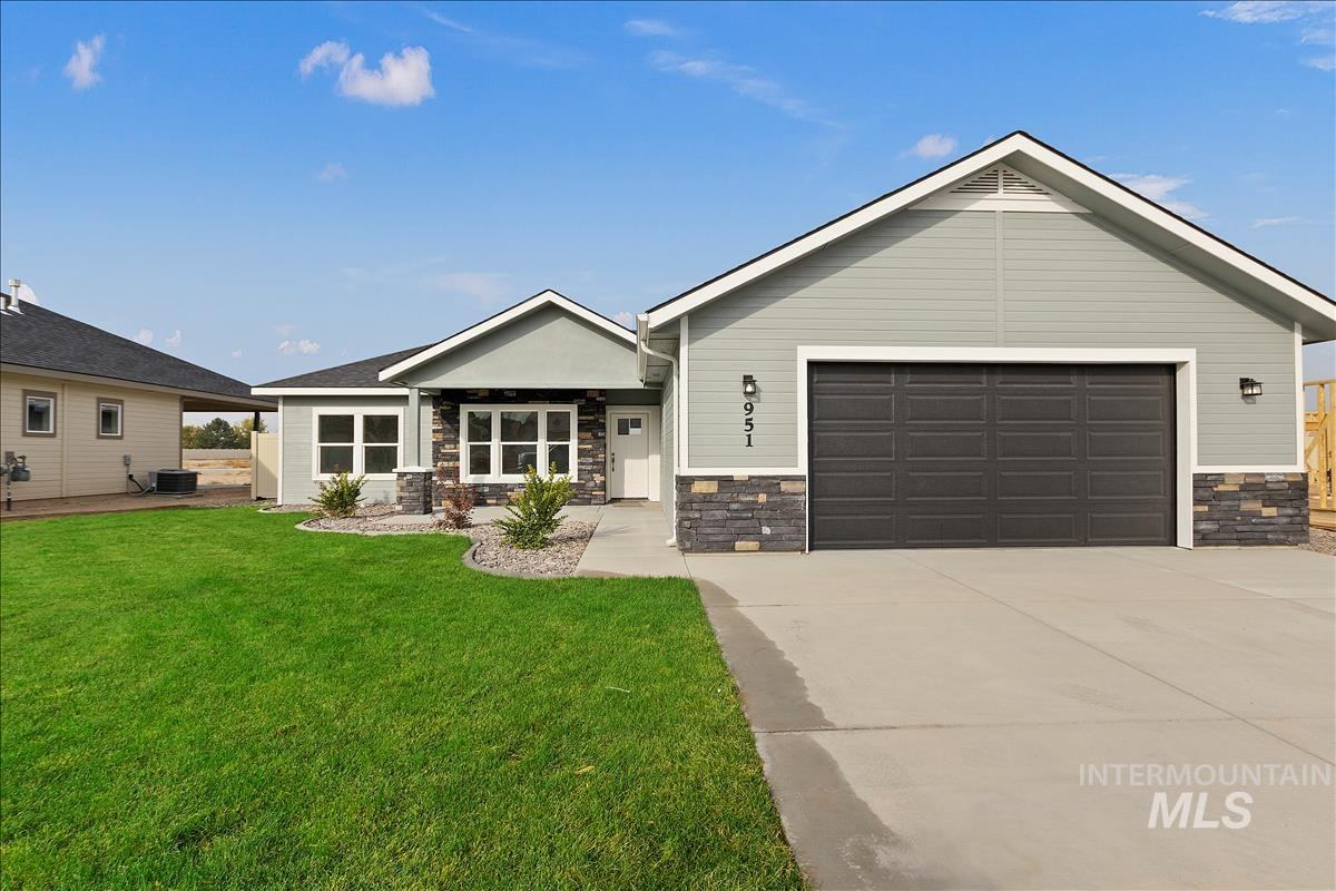 941 Kenbrook Loop Property Photo - Twin Falls, ID real estate listing