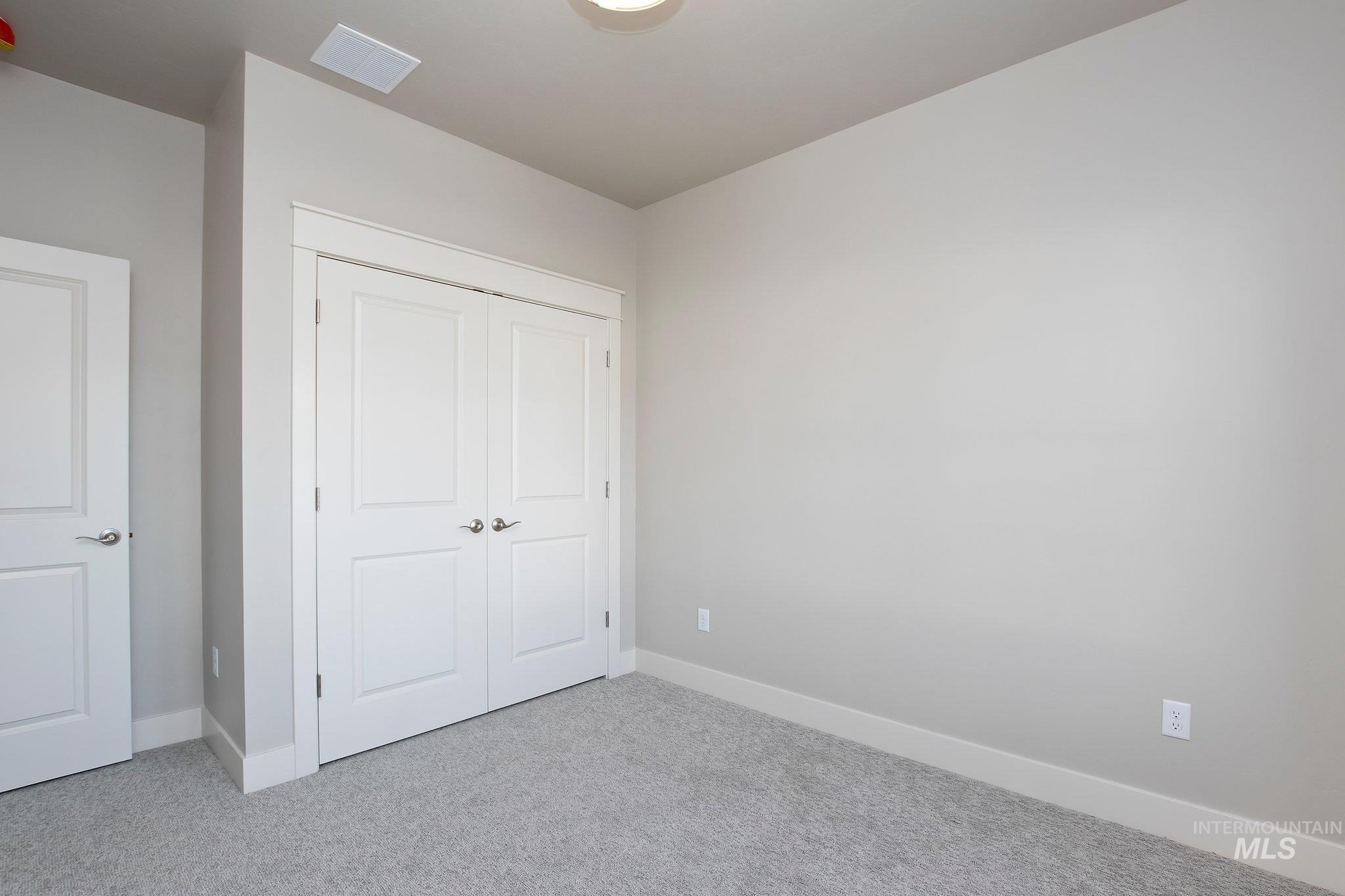 1005 Kenbrook Loop Property Photo 21