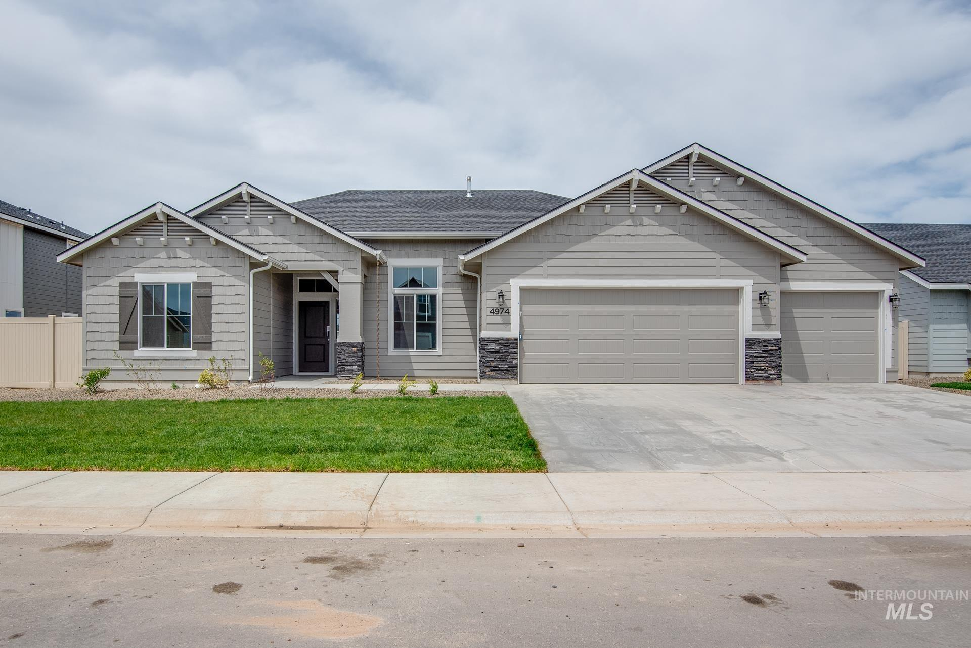 4974 W Sands Basin Dr Property Photo - Meridian, ID real estate listing