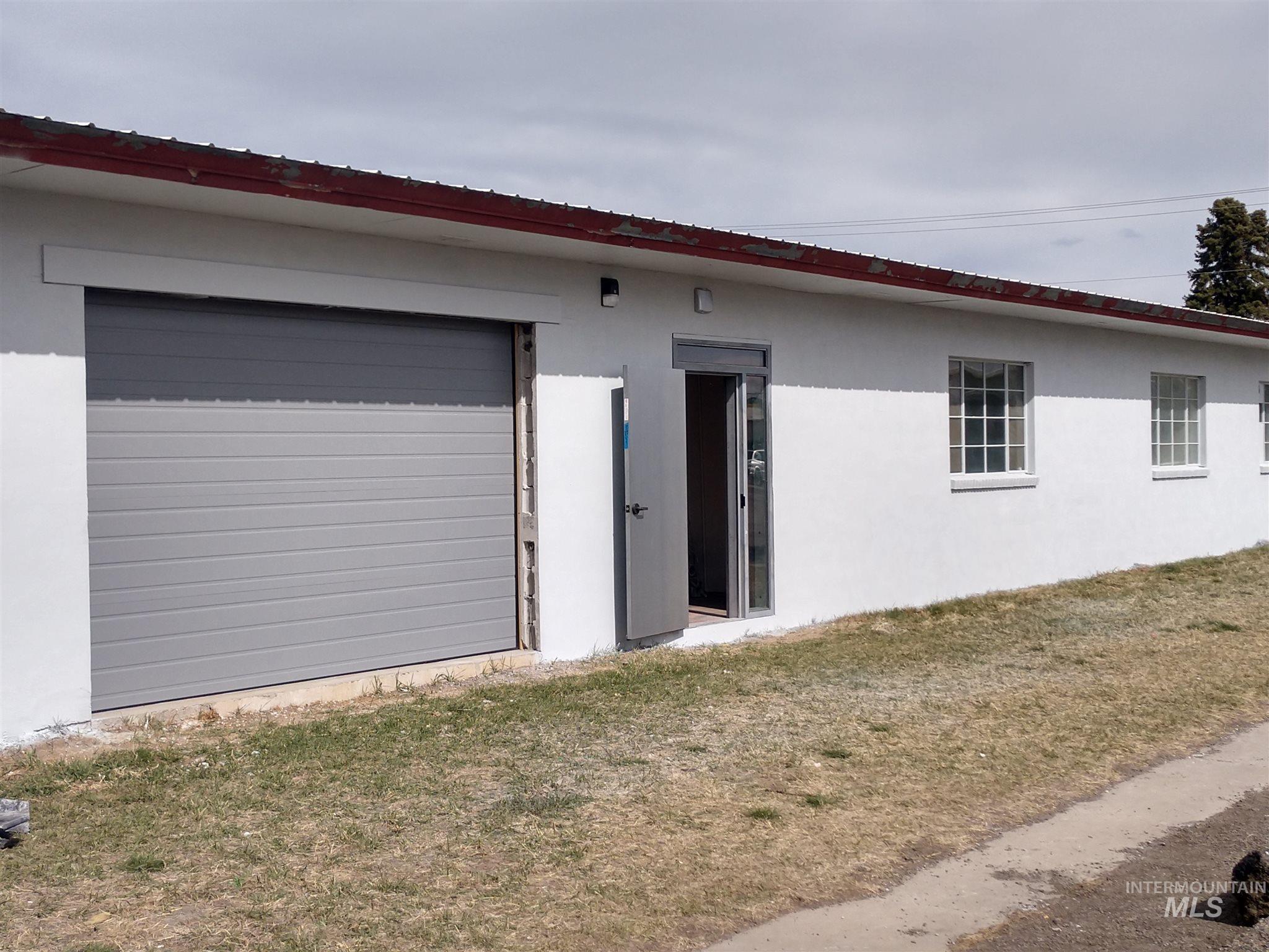 169 Madrona # 100 Property Photo 1