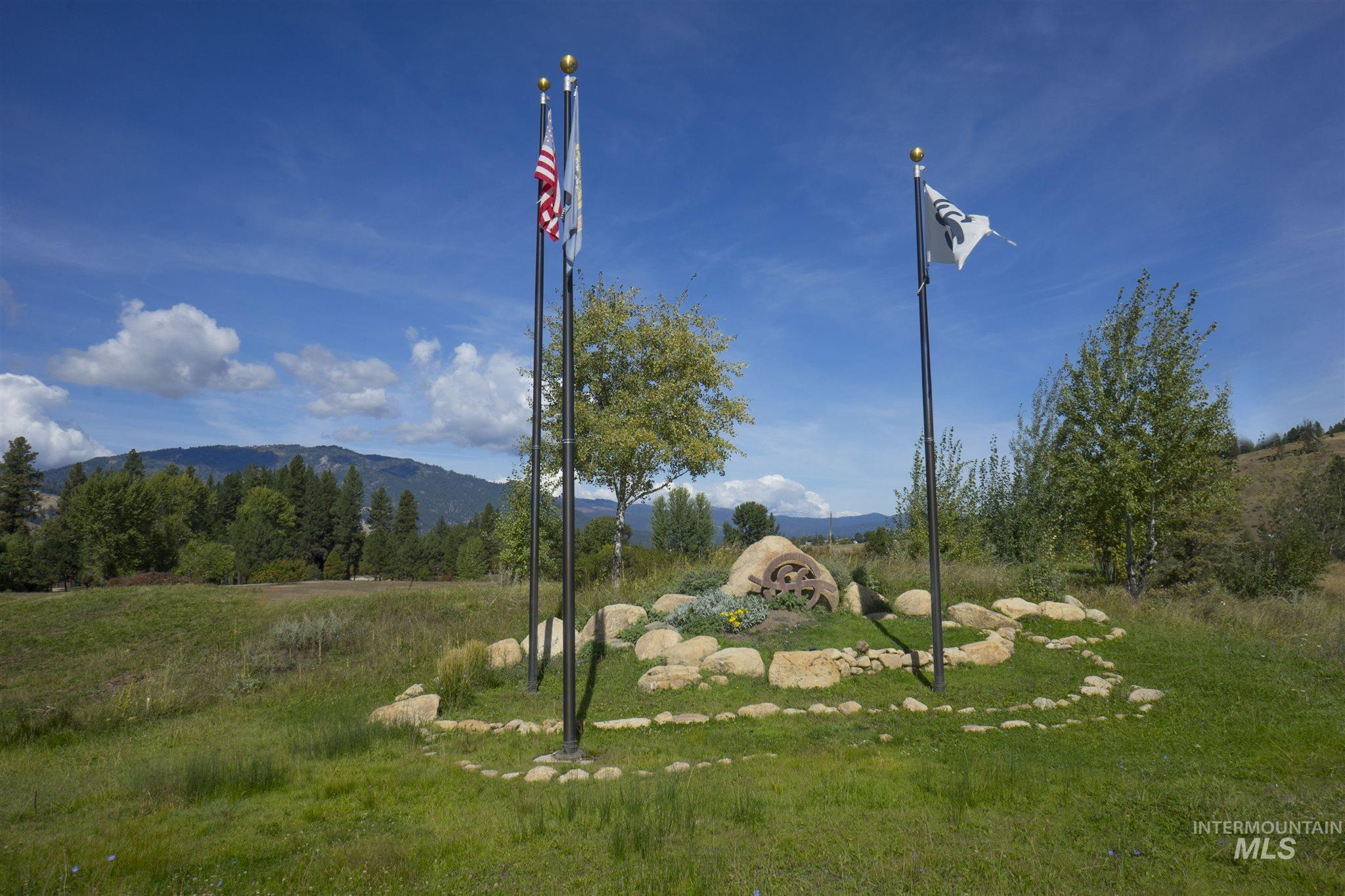 Lot 22 Blk 8 Wapiti Court Property Photo - Garden Valley, ID real estate listing