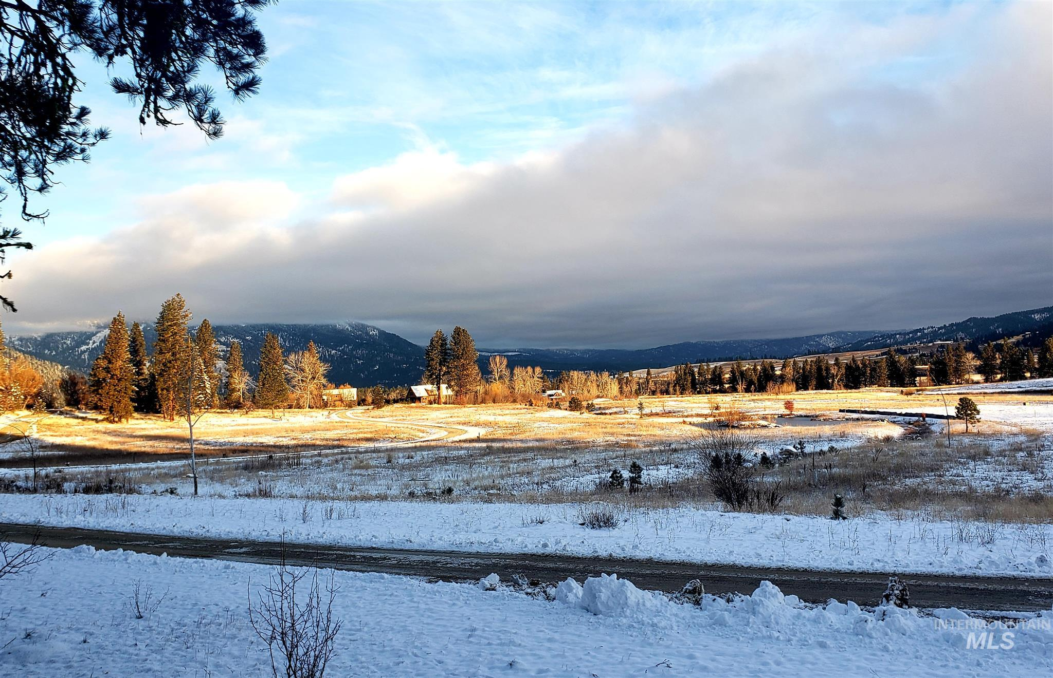 Lot 28 Blk 7 Wapiti Court Property Photo - Garden Valley, ID real estate listing