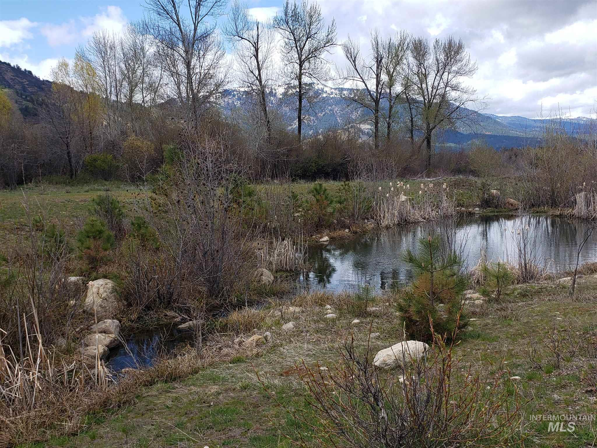 Lot 13 Blk 7 Singing Stream Way Property Photo - Garden Valley, ID real estate listing