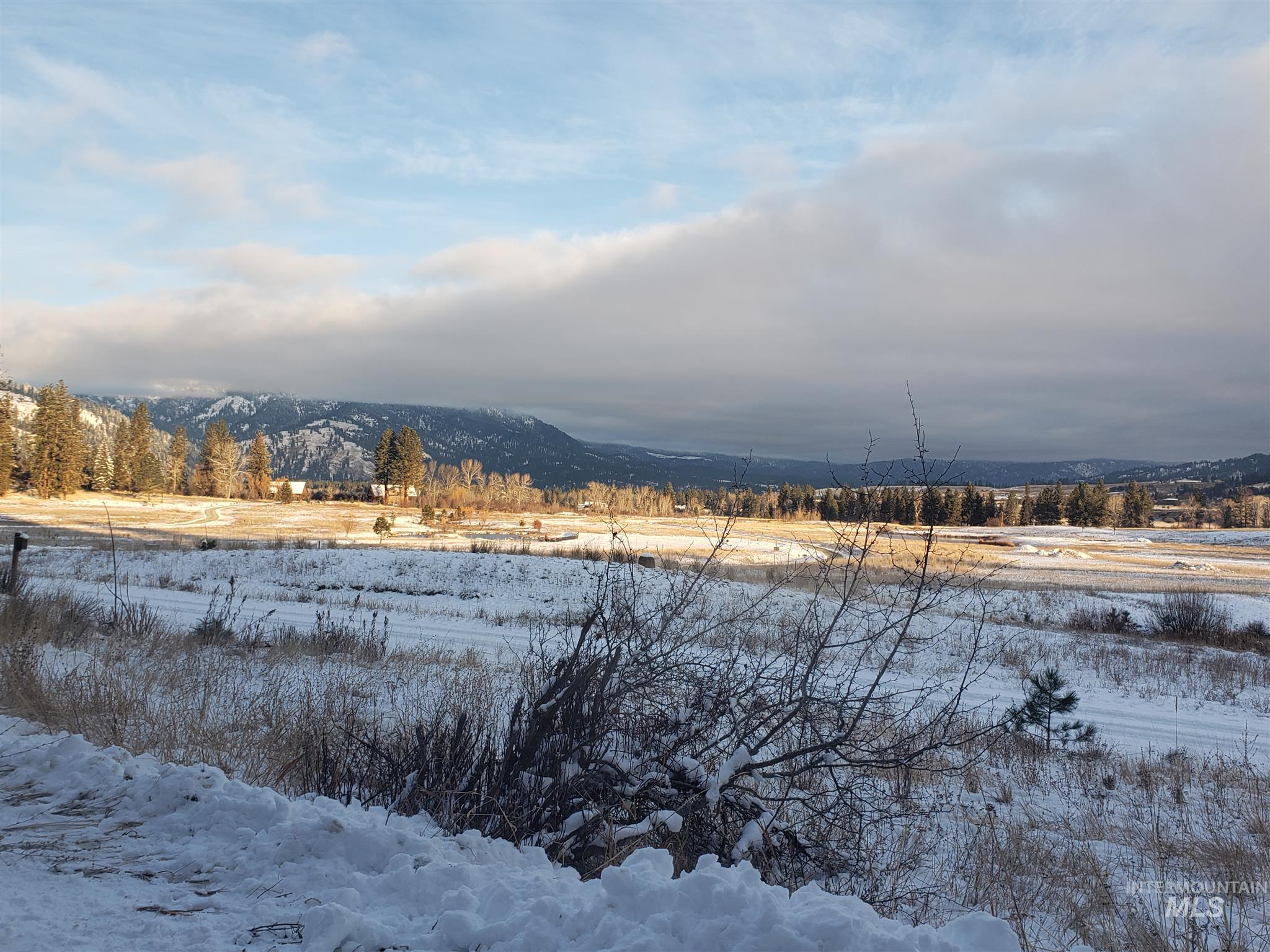 Lot 14 Blk 9 Singing Stream Way Property Photo - Garden Valley, ID real estate listing