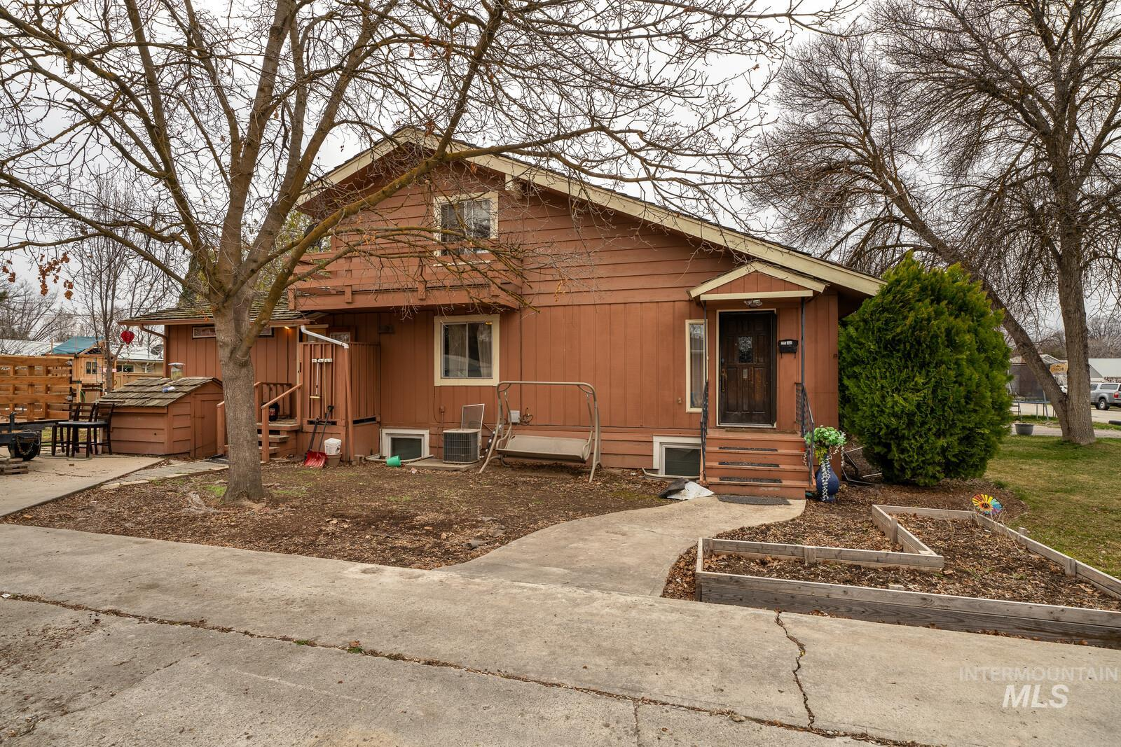 2401 W Palouse St Property Photo - Boise, ID real estate listing