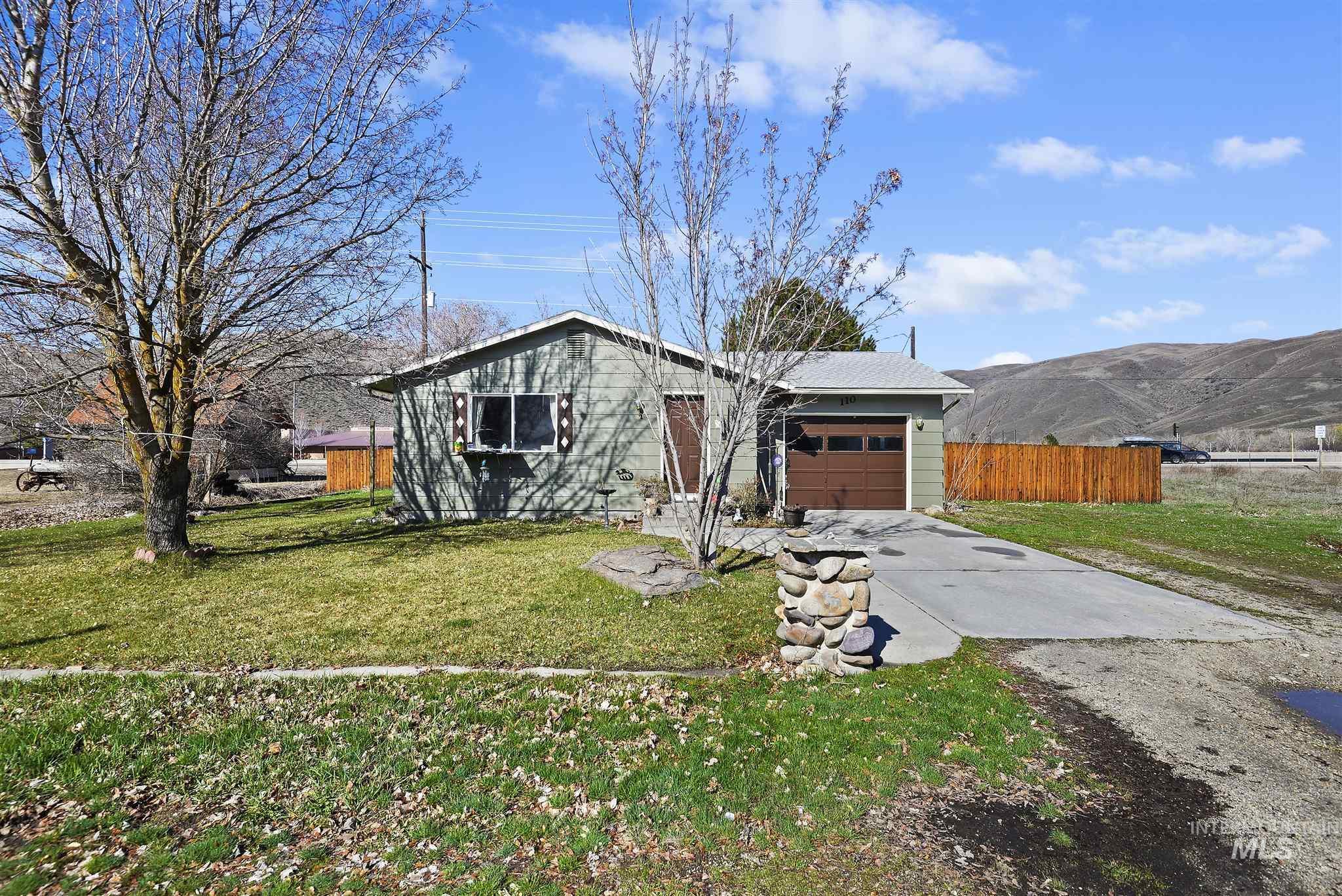Horse Shoe Jr Real Estate Listings Main Image