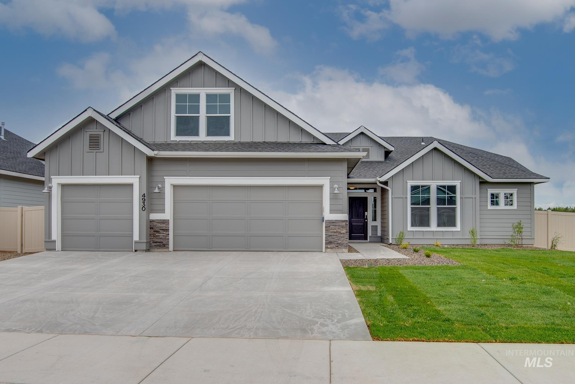 4930 W Sands Basin Dr Property Photo - Meridian, ID real estate listing