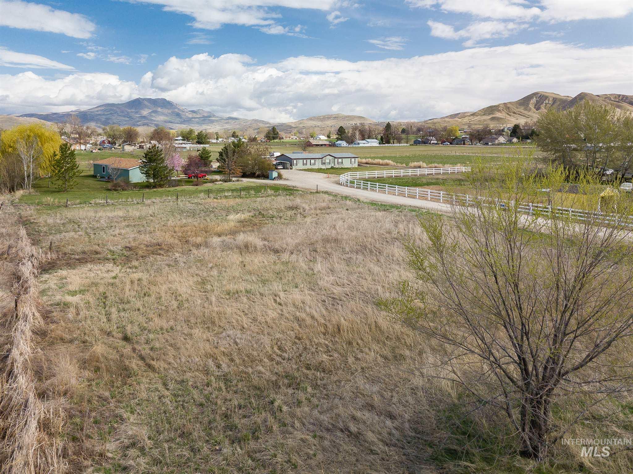 27xx E Main St Property Photo - Emmett, ID real estate listing