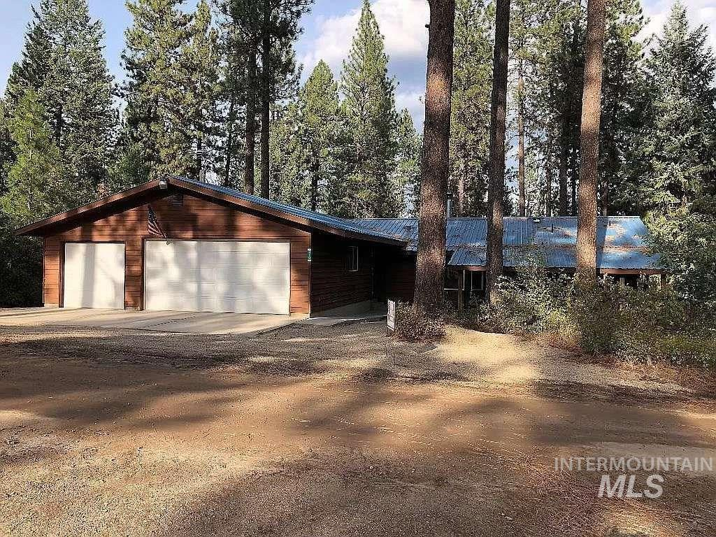 212 Holiday Dr Property Photo - Garden Valley, ID real estate listing