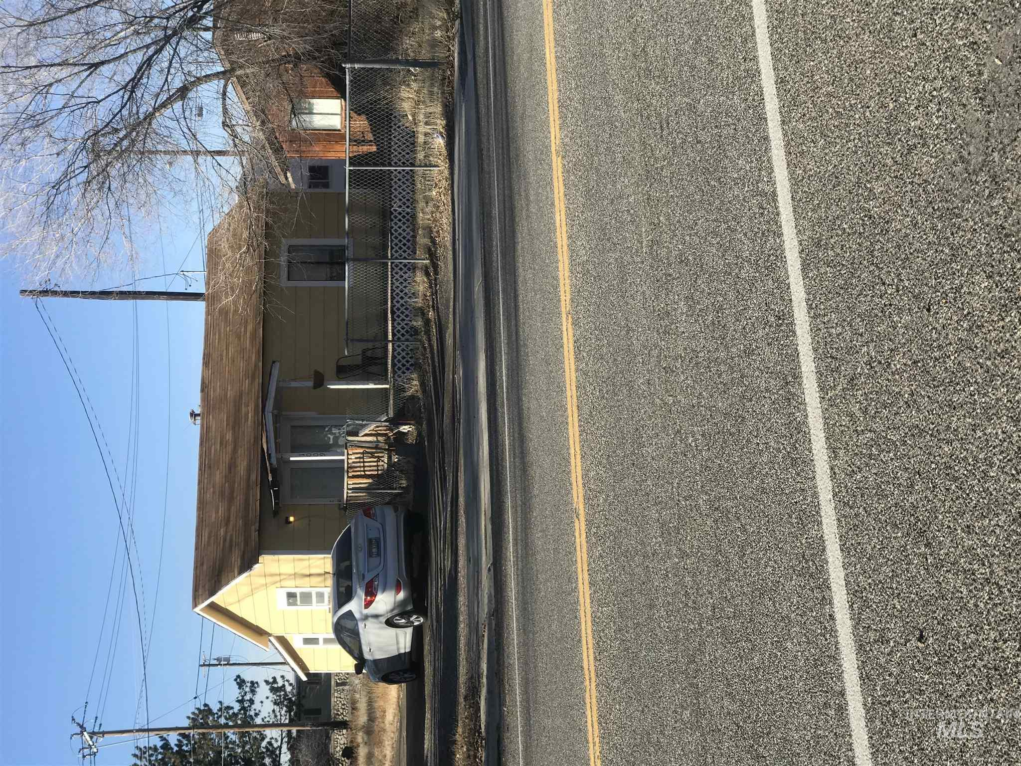 1009 Broadway Ave N Property Photo - Buhl, ID real estate listing