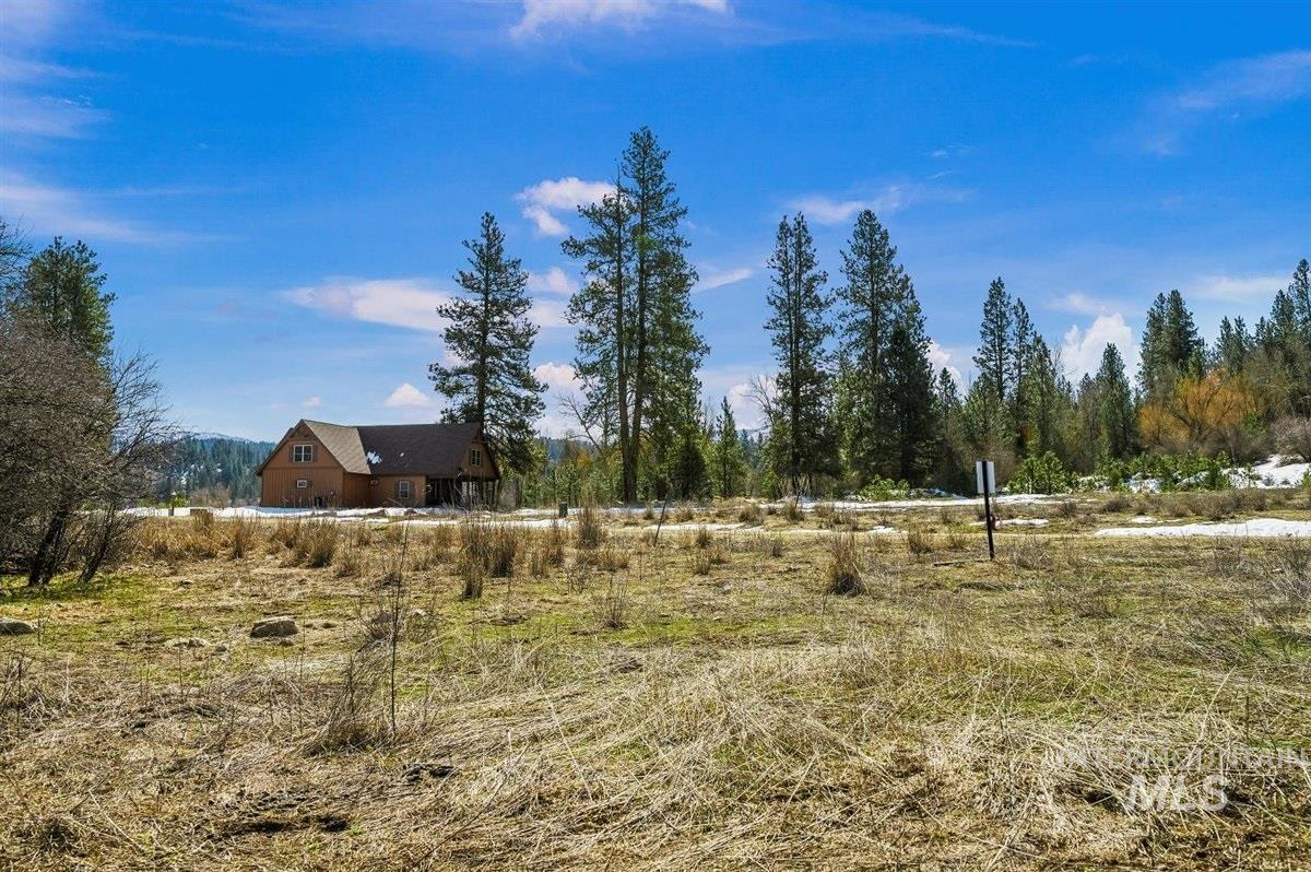 Block 7 Lot 48 Wapiti Ct Property Photo - Garden Valley, ID real estate listing
