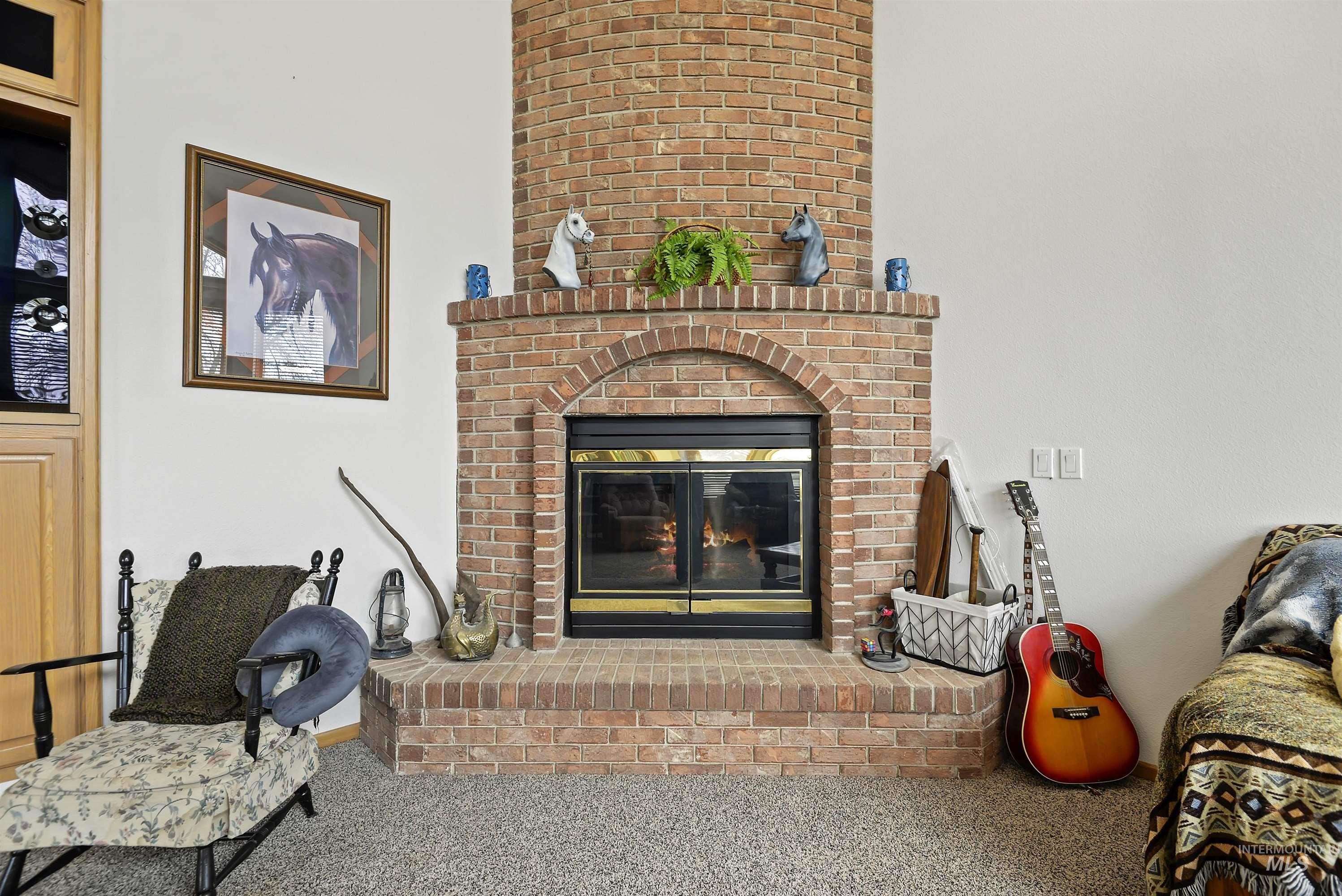 6768 Willis Rd Property Photo 12