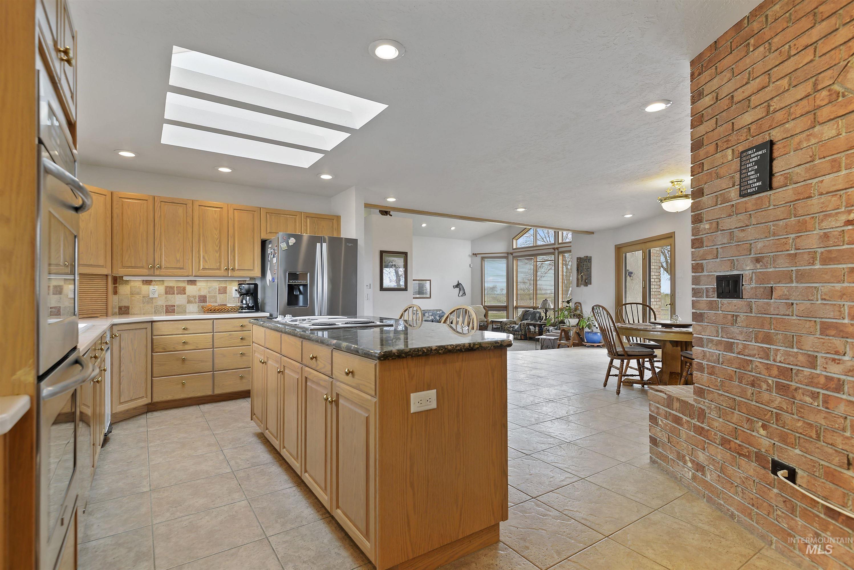 6768 Willis Rd Property Photo 19