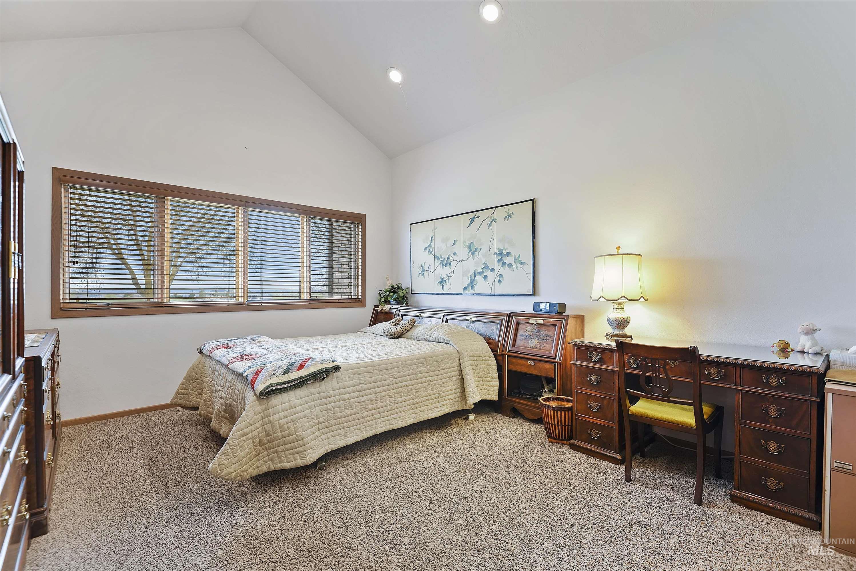 6768 Willis Rd Property Photo 23