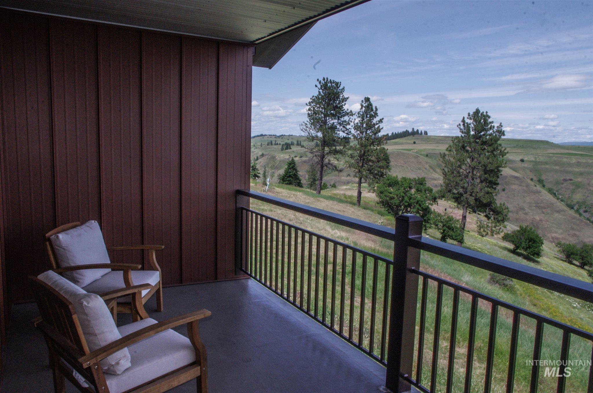 229 Scotlyn Ranch Road Property Photo 6