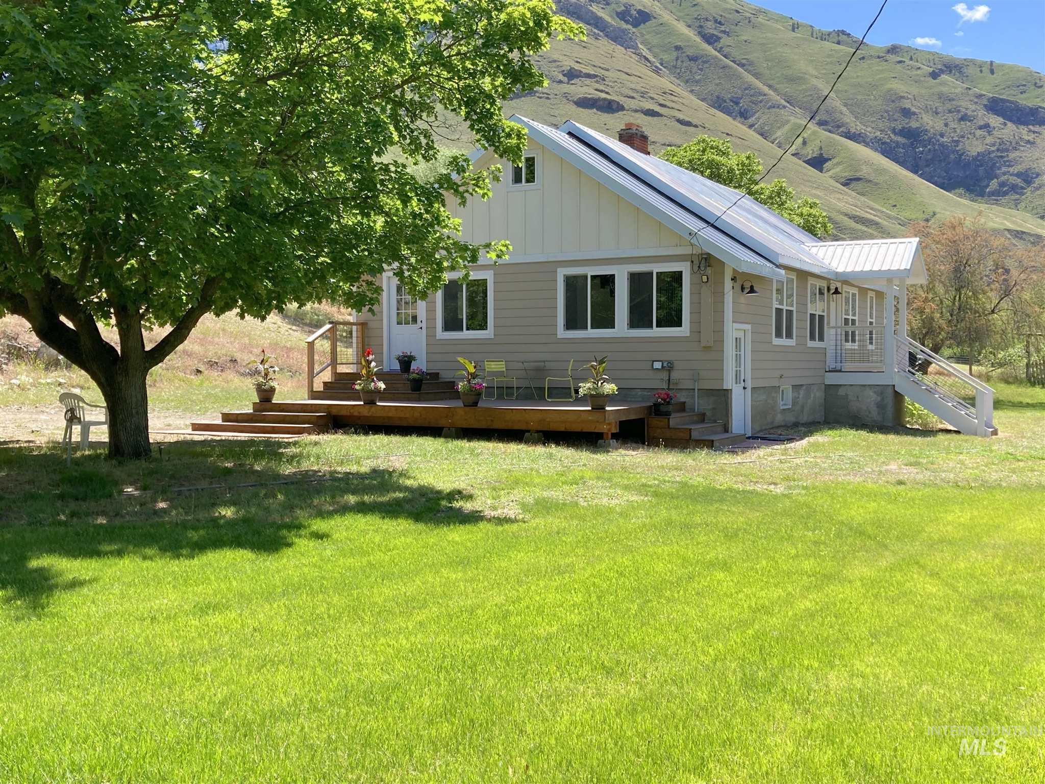 83542 Real Estate Listings Main Image