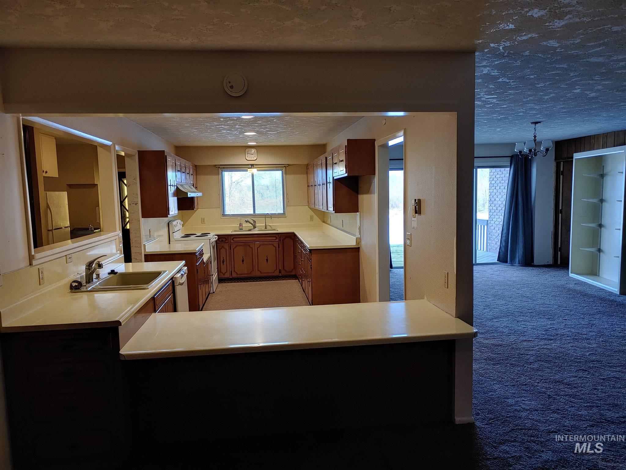 4980 W 4000 N Property Photo 9