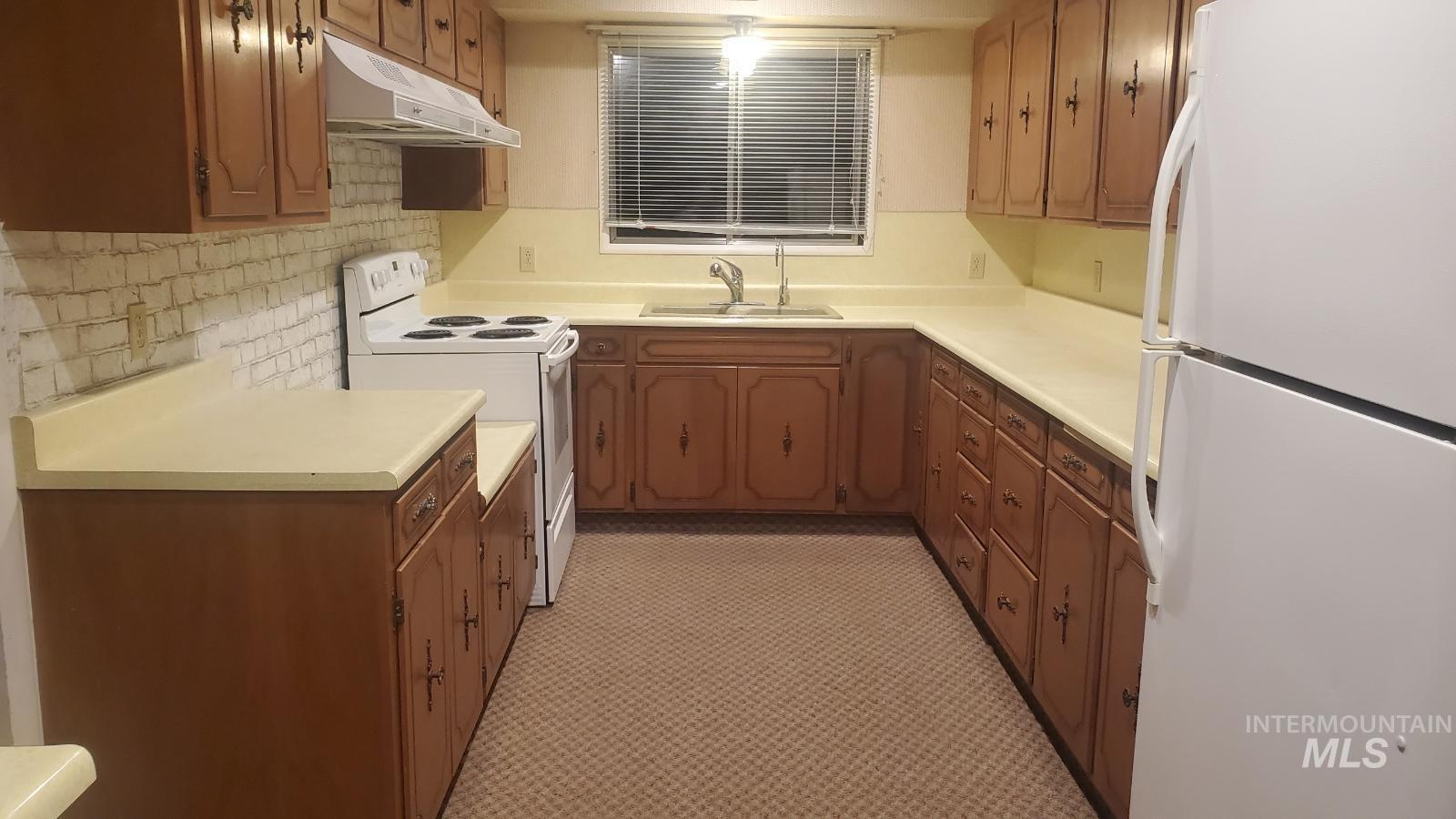 4980 W 4000 N Property Photo 17