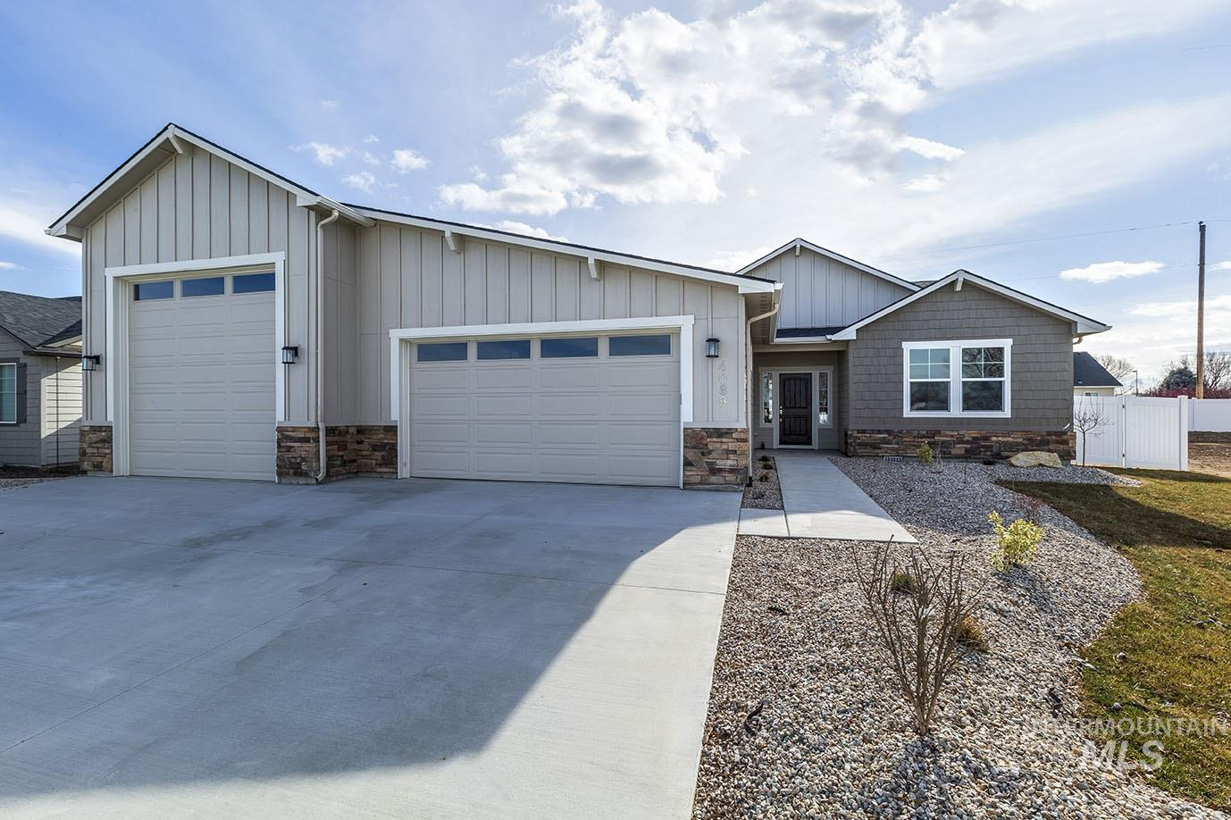 51 S Ravine Way Property Photo - Nampa, ID real estate listing