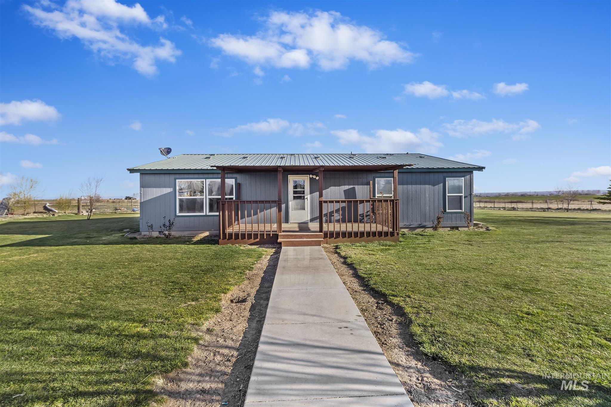2138 E 3965 N Property Photo - Filer, ID real estate listing