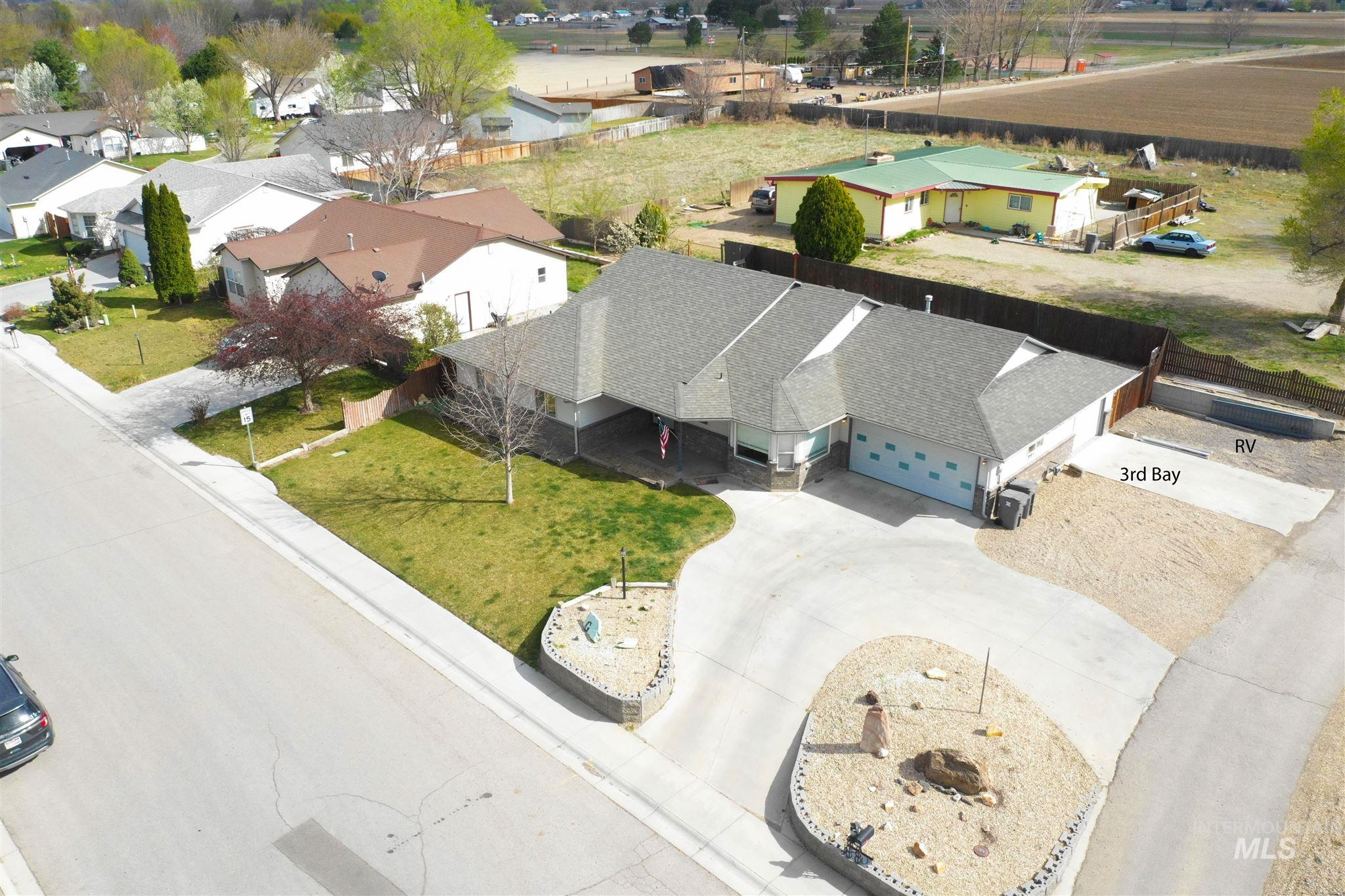 319 W Utah Ave Property Photo - Homedale, ID real estate listing