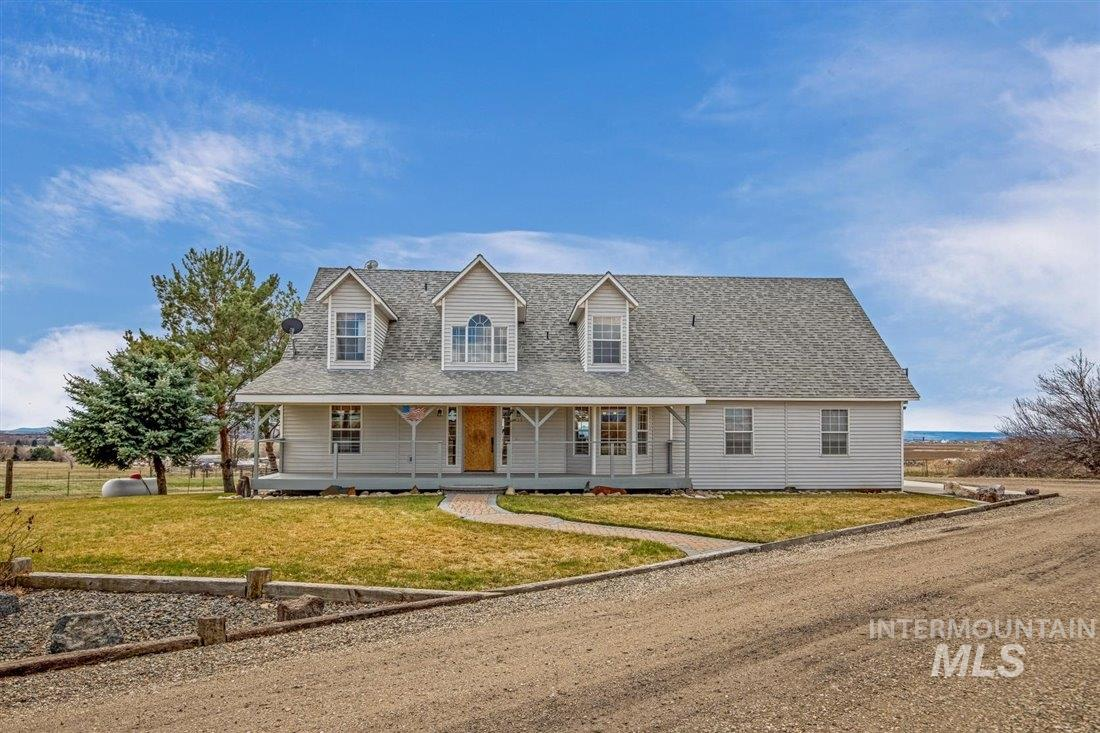 355 W Paint Horse Ln. Property Photo - Meridian, ID real estate listing